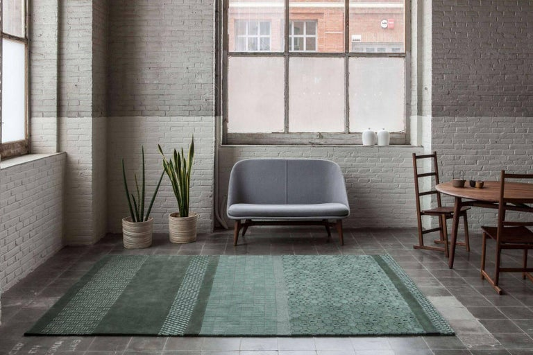 Neri & Hu takes inspiration from the tile patterns of Shanghai streets, a place where life literally happens. The name of the collection corresponds to Jie ?, the Chinese character that embodies the essence of a city: the constant movement, dynamism