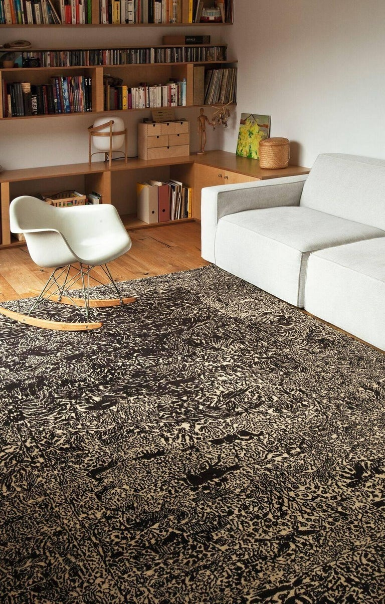 Martí Guixé, a conceptual and unconventional design visionary, wished to revive the magic of classic Kerman rugs, breathing new life into the mythical pictorial motifs of birds, flowers, horses, and deer that appear and disappear… like ghosts. A