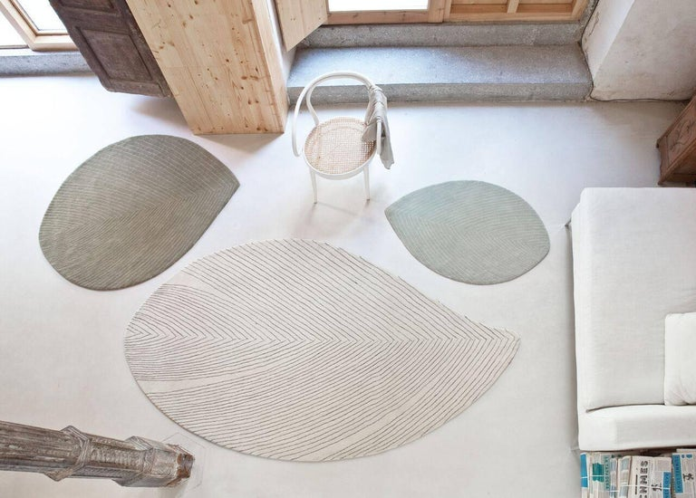 Quill Large Off-White Hand-Tufted Rug Nao Tamura in Stock In New Condition For Sale In New York, NY