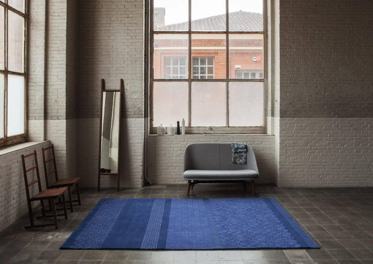 Neri & Hu takes inspiration from the tile patterns of Shanghai streets, a place where life literally happens. The name of the collection corresponds to Jie?, the Chinese character that embodies the essence of a city: the constant movement, dynamism