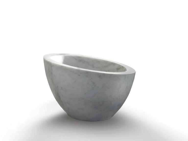 Modern Salvatori Uovo Basin in Bianco Carrara Marble For Sale