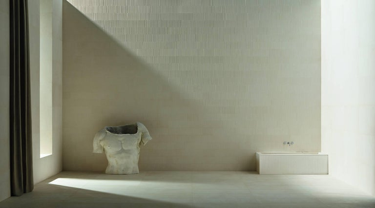 Modern Salvatori Oyster Bathtub in Crema d'Orcia Stone with Raw Texture For Sale