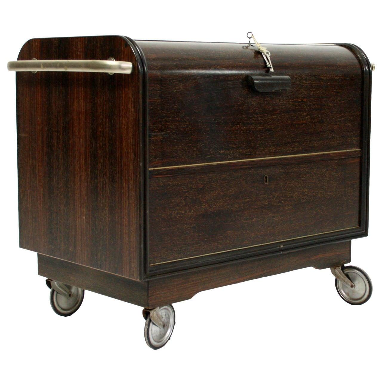 scandinavian mid century modern rosewood dry bar cart at. Black Bedroom Furniture Sets. Home Design Ideas