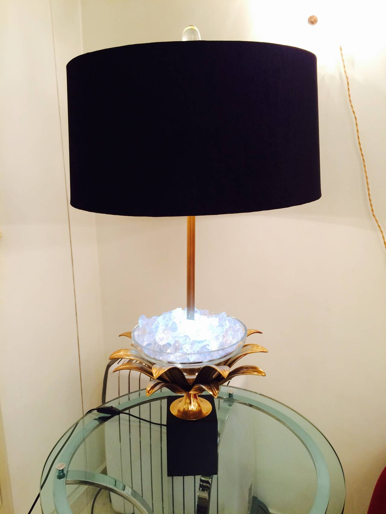 pair of lotus bronze and crystal lamps for sale at 1stdibs. Black Bedroom Furniture Sets. Home Design Ideas