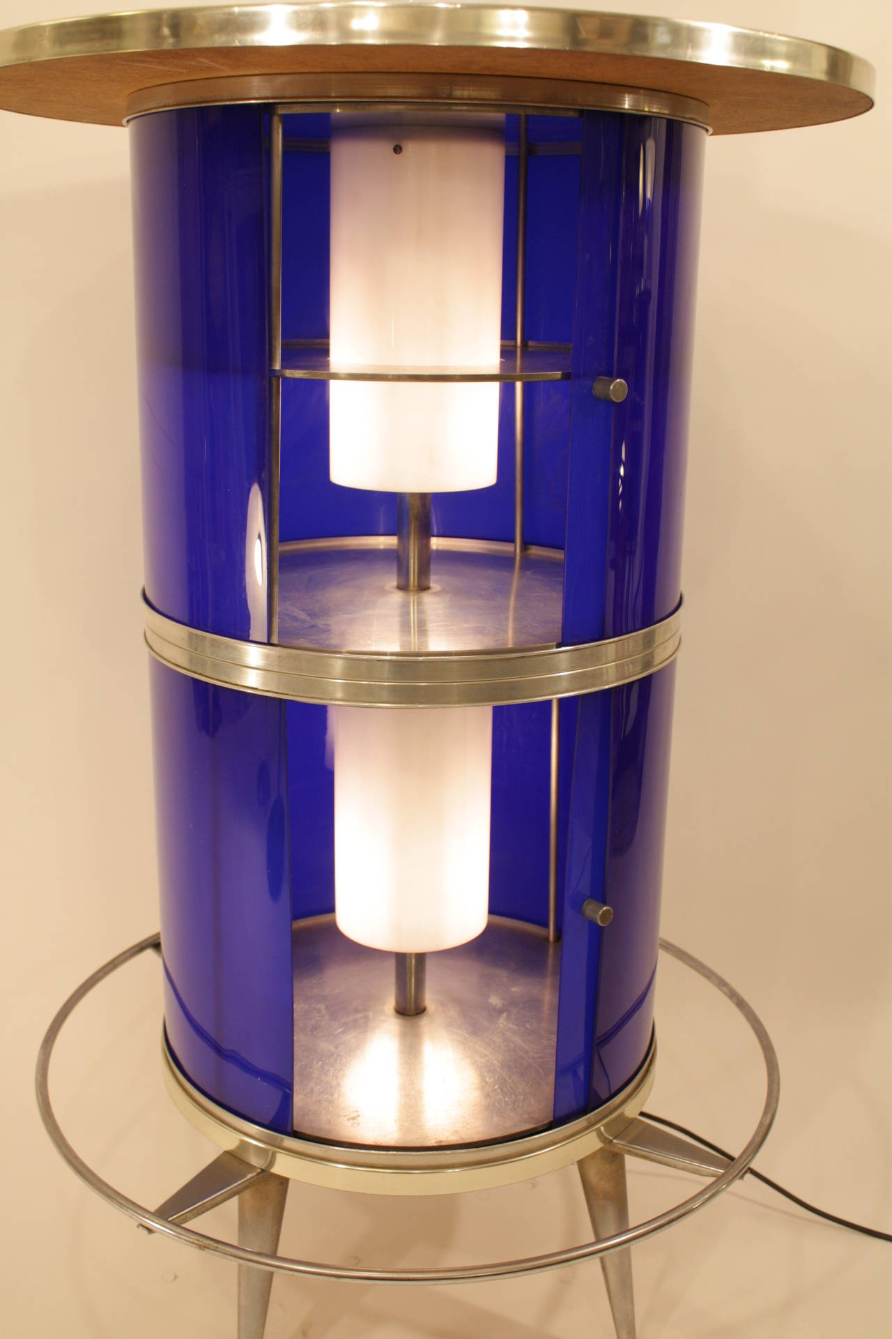 Spanish 1960s Space Age Blue and White Plexiglass Cocktails Bar with Table Lamp 6