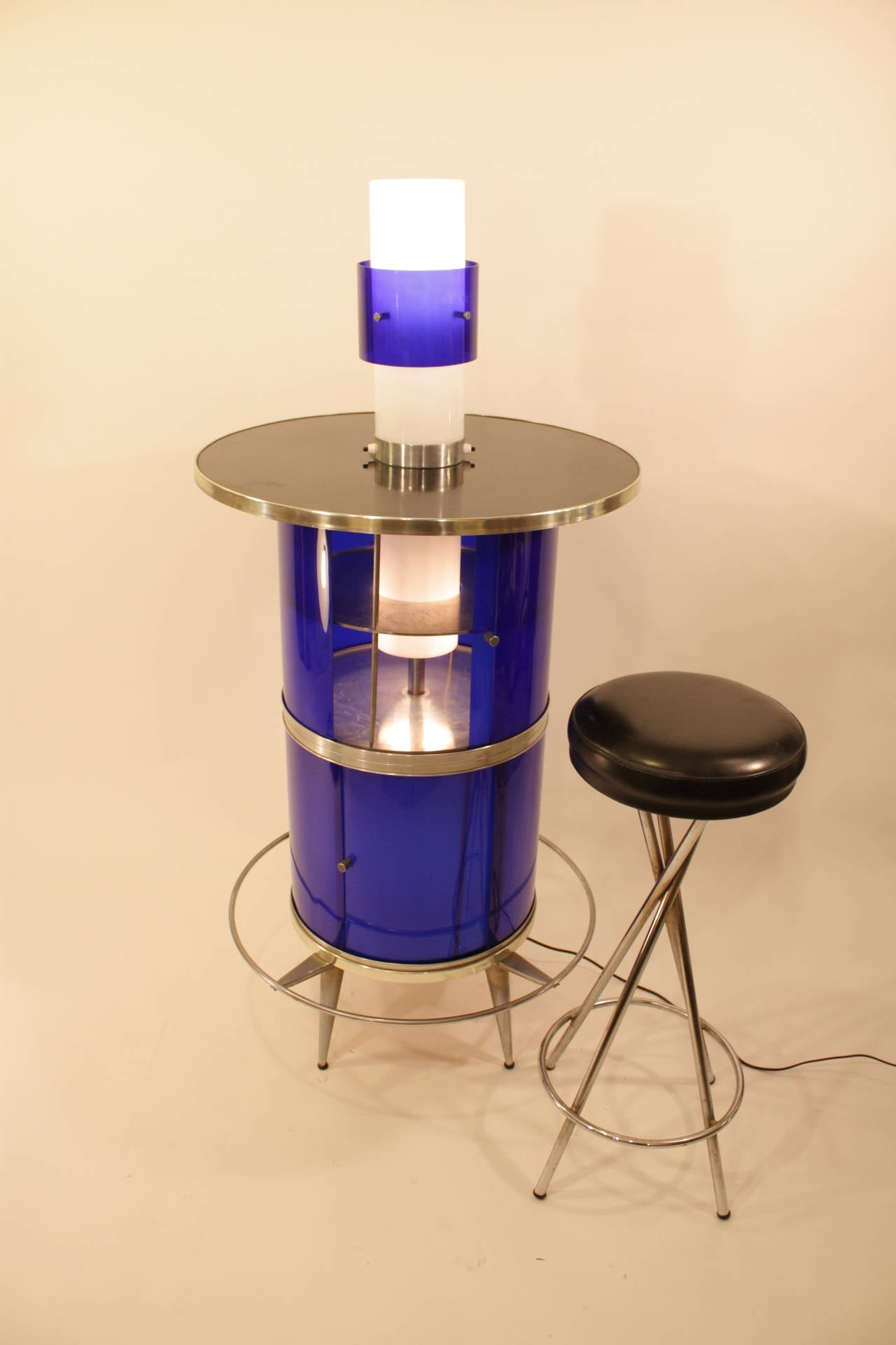 Spanish 1960s Space Age Blue and White Plexiglass Cocktails Bar with Table Lamp 2