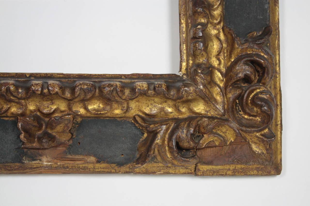17th Century Spanish Baroque Polychromed Carved Wood Gold Leaf Frame For Sale 4