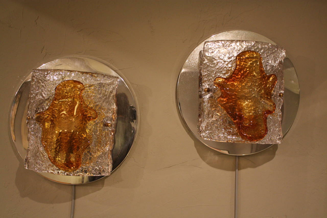 Mid-Century Modern Pair of Clear and Amber Mazzega Murano Glass Wall Sconces For Sale