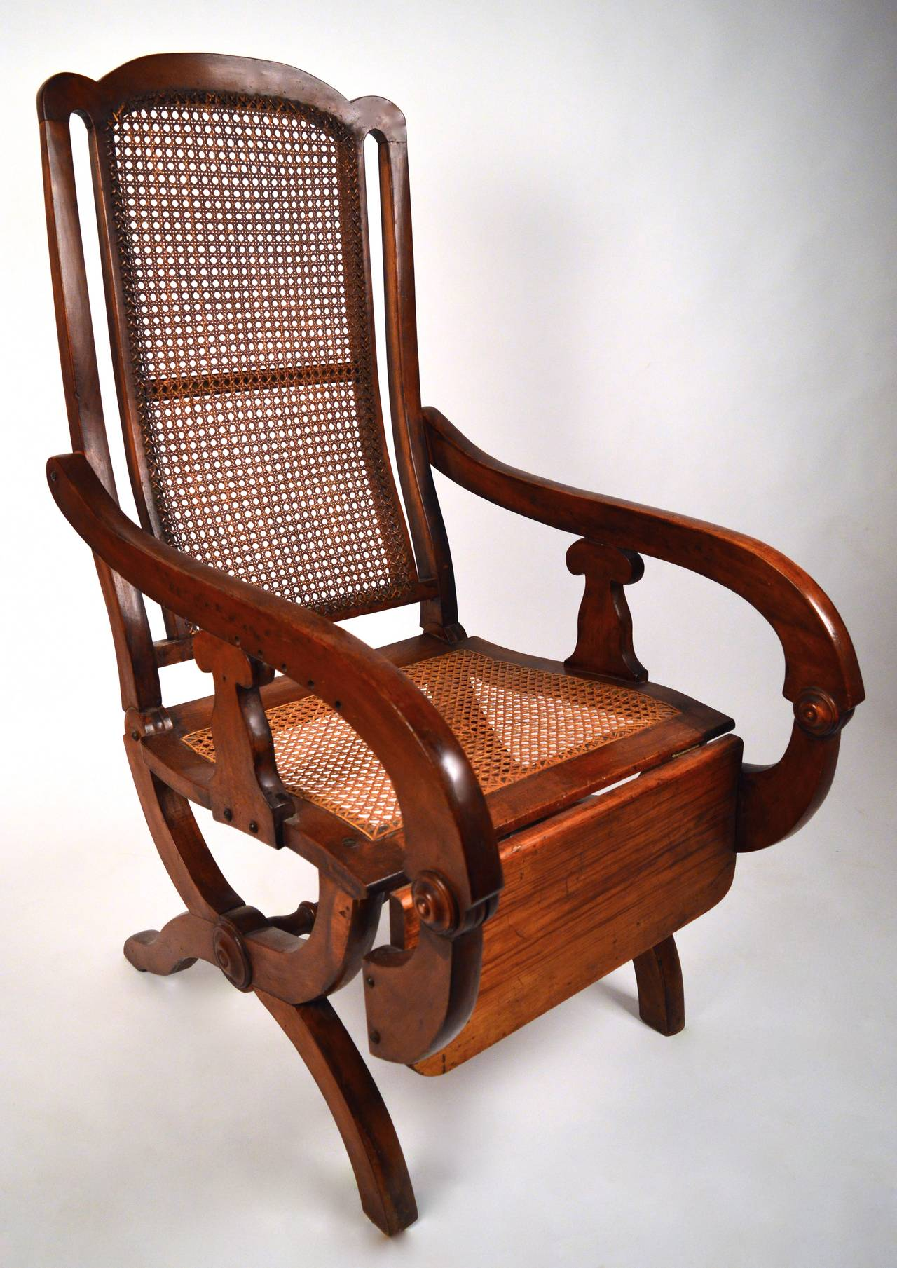 19th Century British Colonial Reclining Chair For Sale At