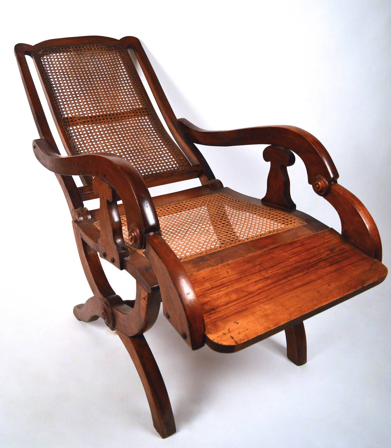 Exceptionnel 19th Century British Colonial Reclining Chair In Good Condition For Sale In  Antwerp, BE