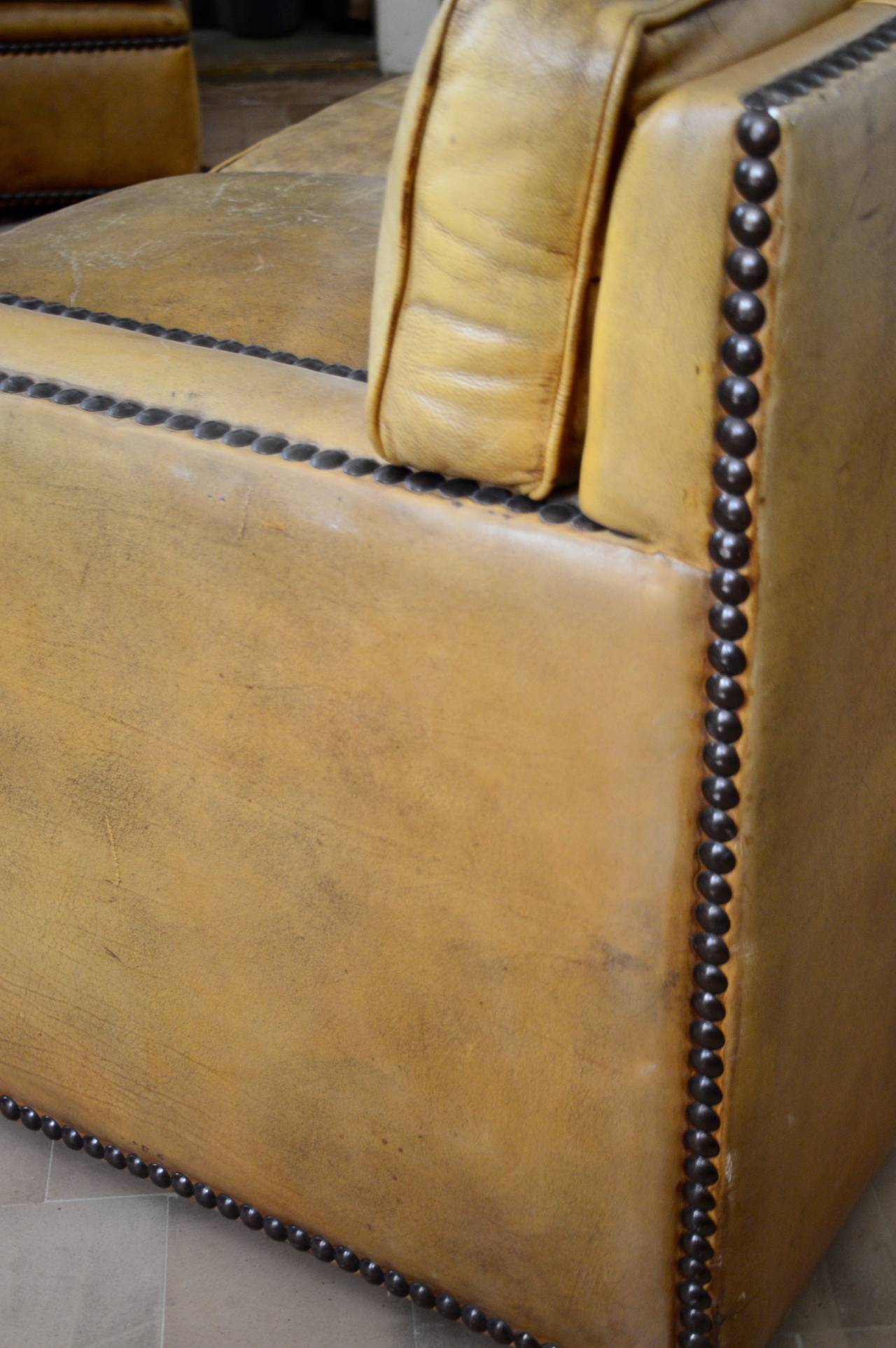English Georgian Style Leather Sofa with Brass Nailhead