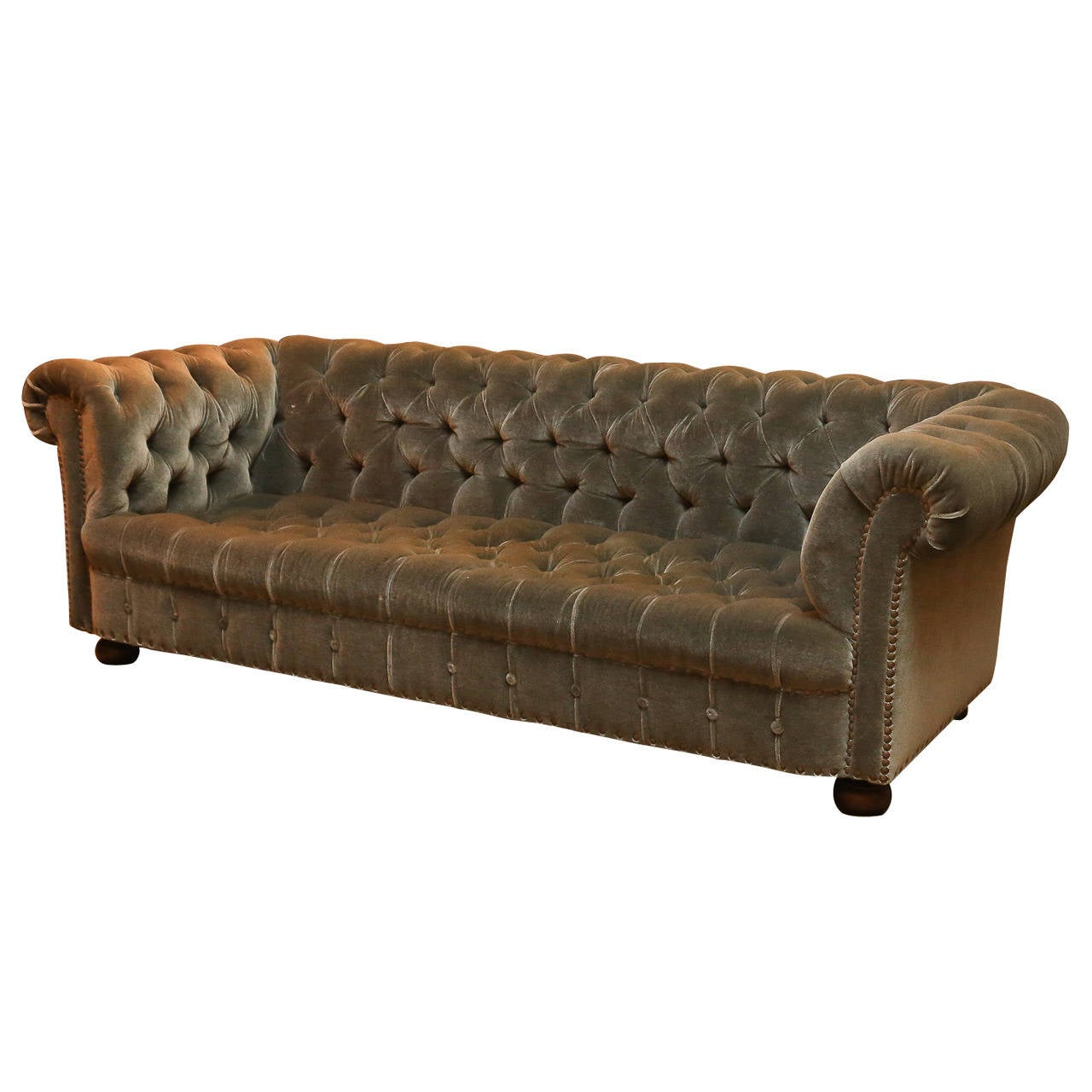 19th Century English Chesterfield in Grey Mohair