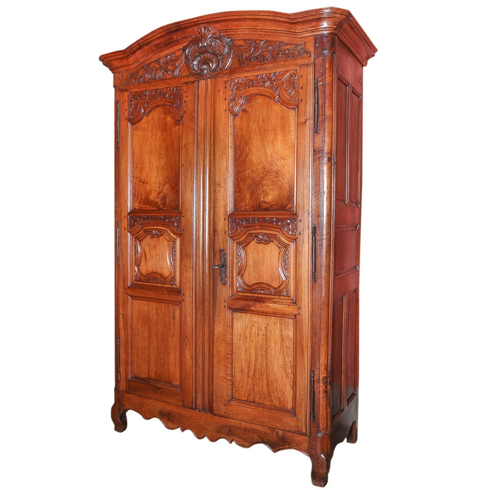 walnut french armoire for sale at 1stdibs. Black Bedroom Furniture Sets. Home Design Ideas