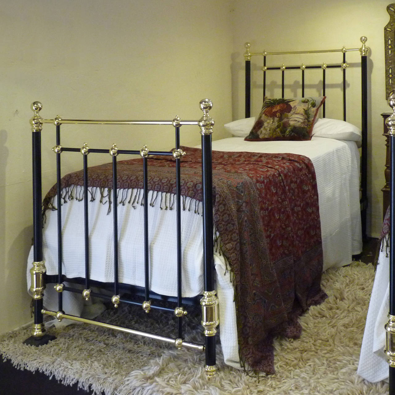 stunning matching pair or twin brass and iron beds mps10 2 - Antique Twin Bed Frame