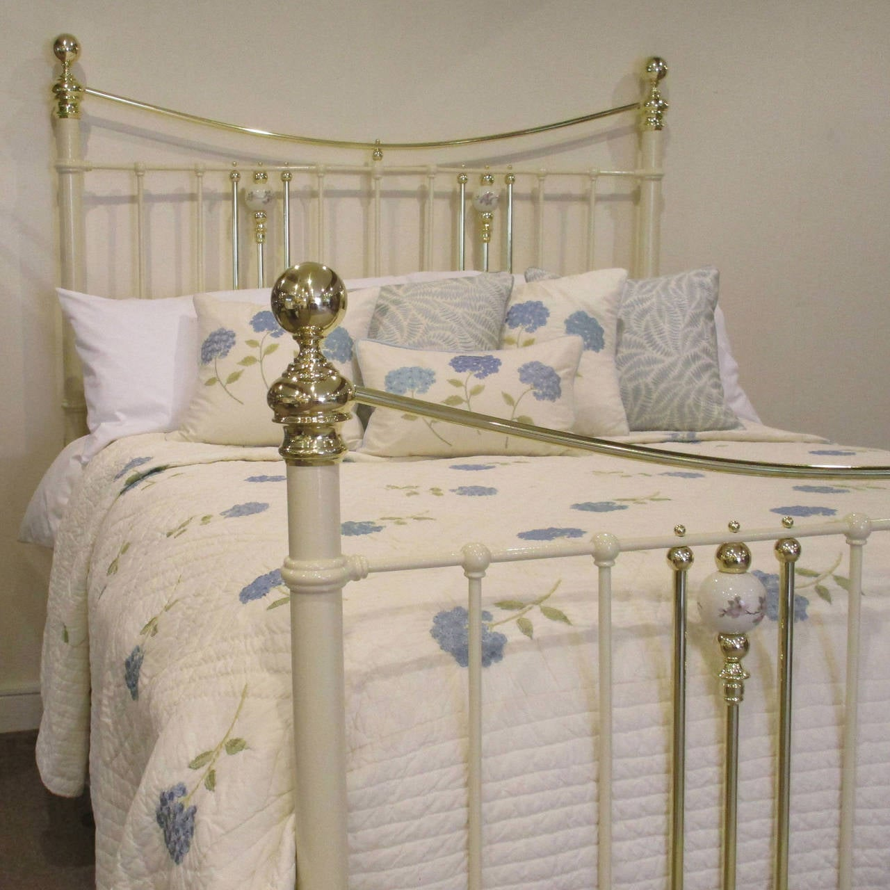 cream brass and iron bed with china porcelain decoration mk54 2
