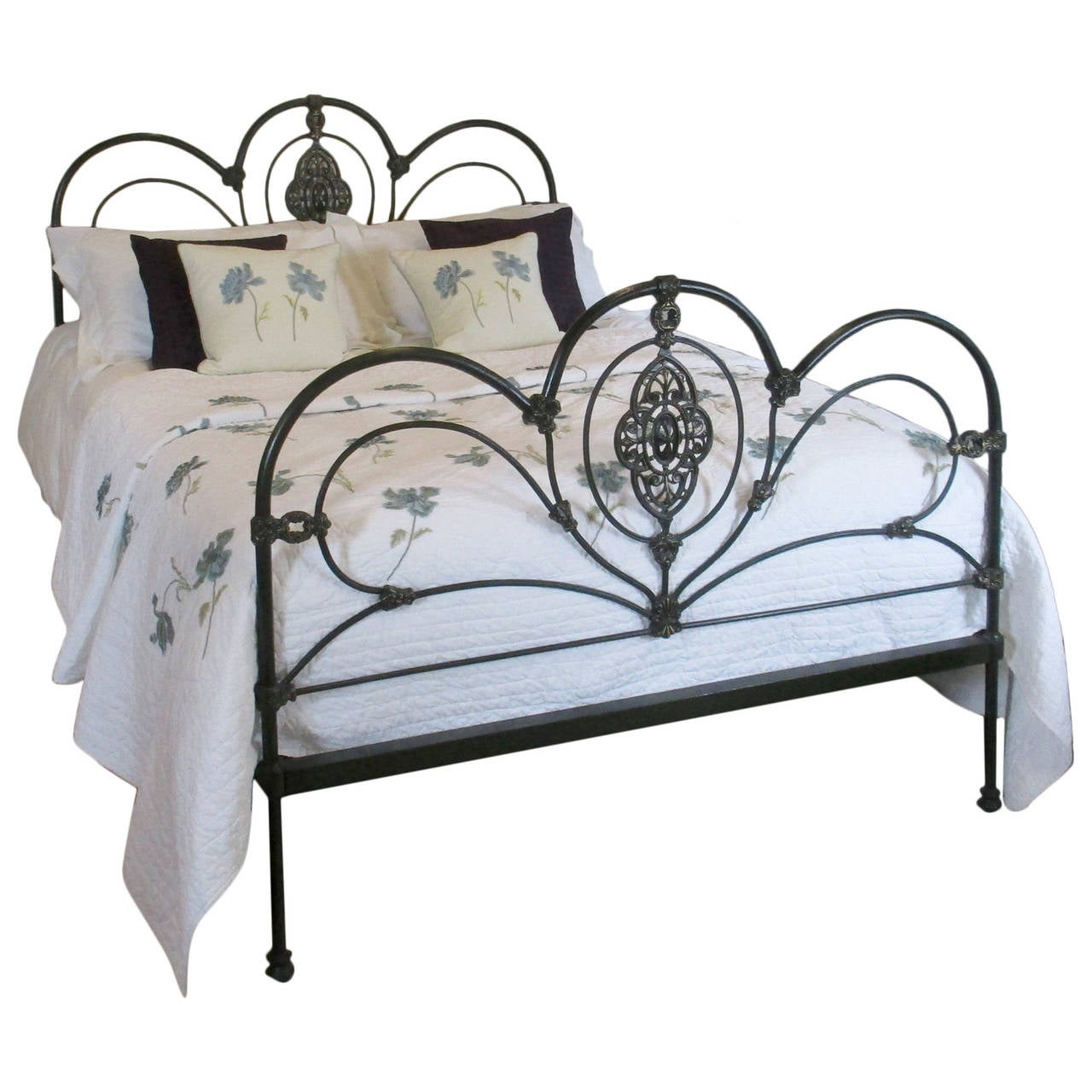 Ornate Cast Iron Bed Mk55 At 1stdibs