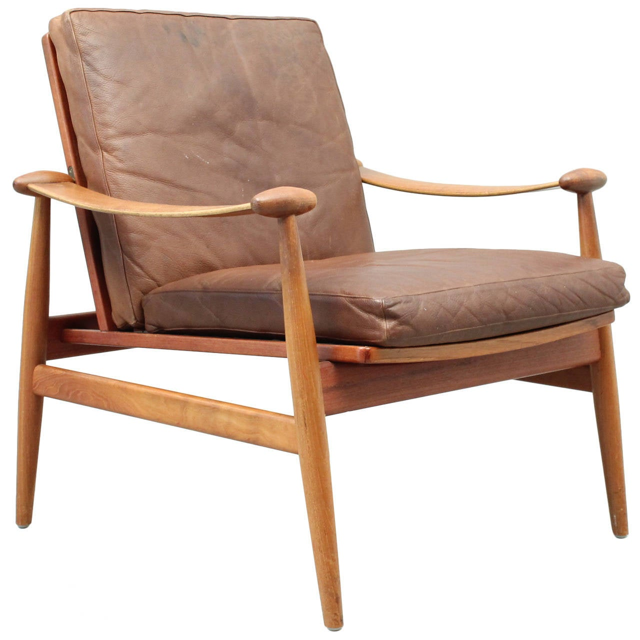 Finn juhl spade chair fd133 with brown leather danish for Mid century modern leather chairs