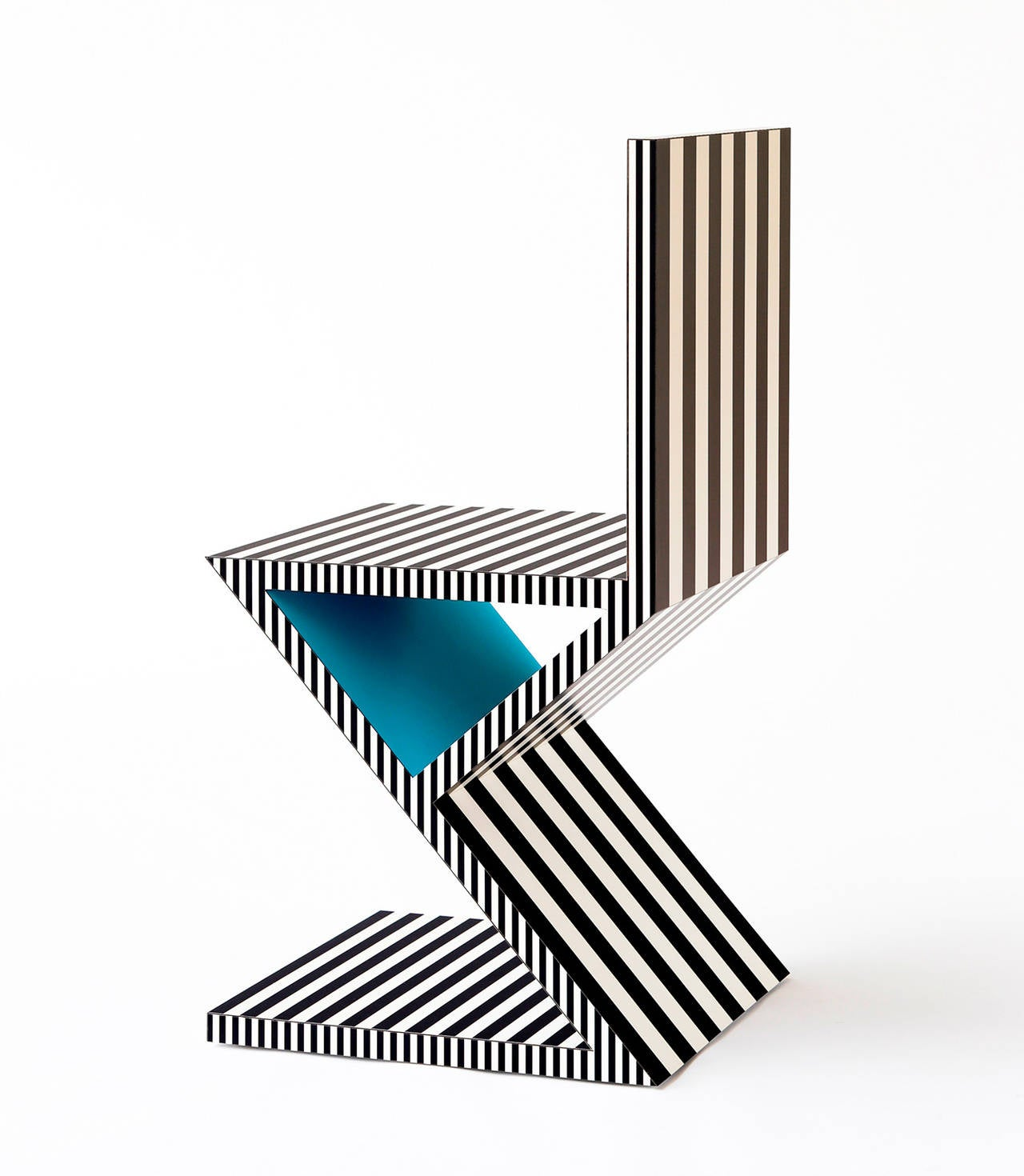 Contemporary Memphis Inspired Chair, Neo Laminati Collection For Sale