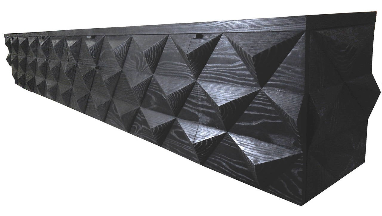 American Hand-Carved Diamond Front