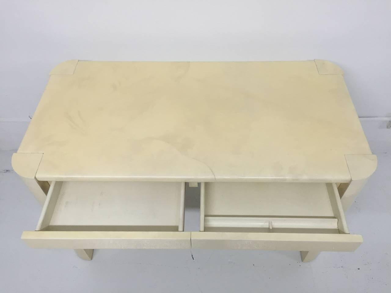 Karl Springer Angular Leg Desk in Ivory Lacquered Goatskin For Sale 2