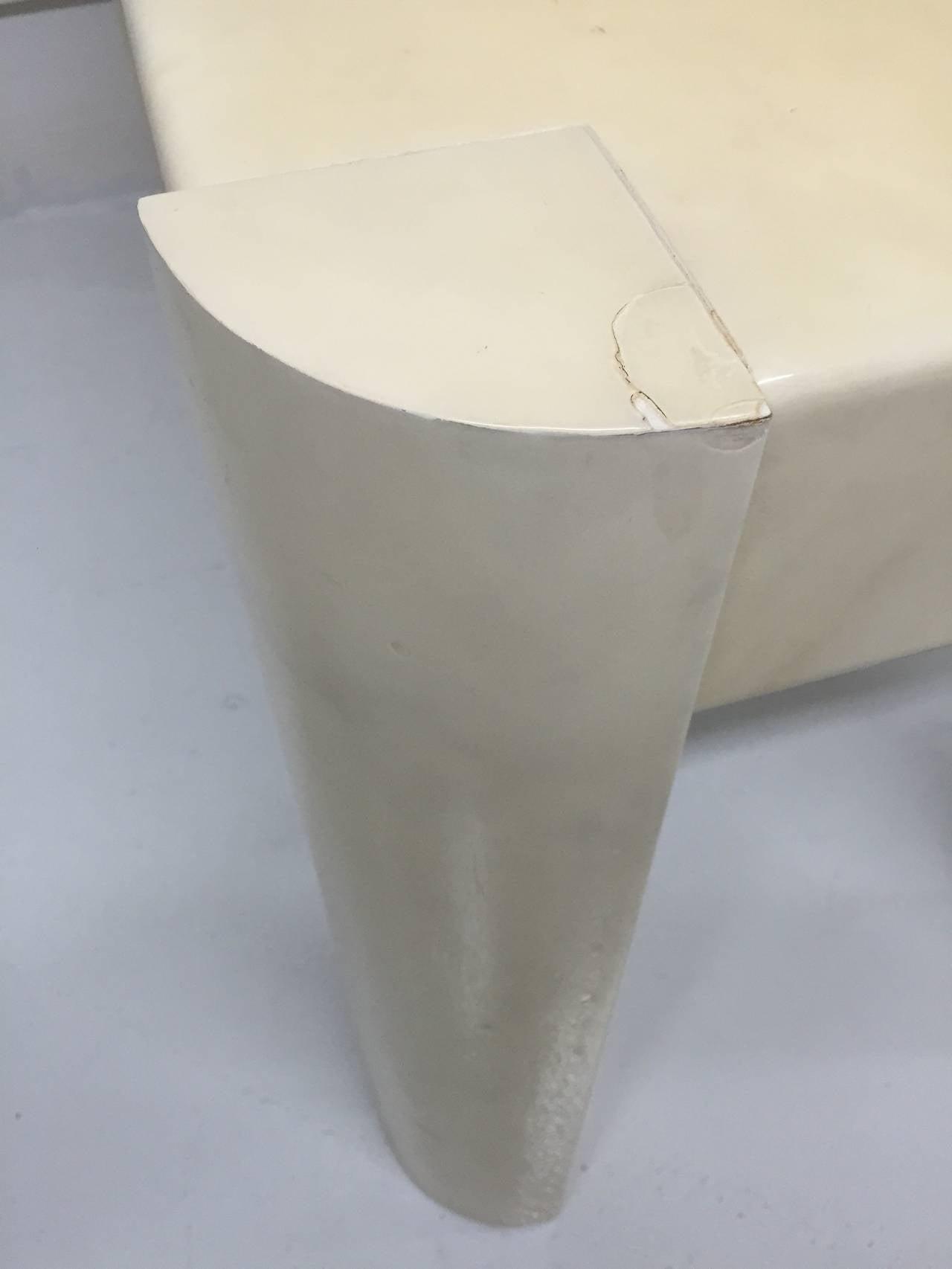 Karl Springer Angular Leg Desk in Ivory Lacquered Goatskin For Sale 3