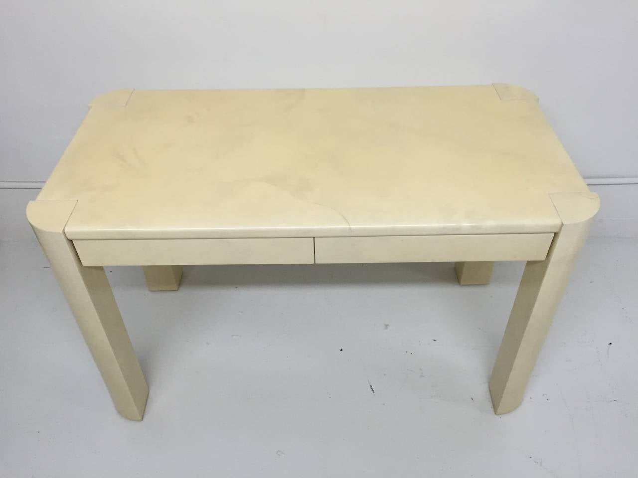 Mexican Karl Springer Angular Leg Desk in Ivory Lacquered Goatskin For Sale