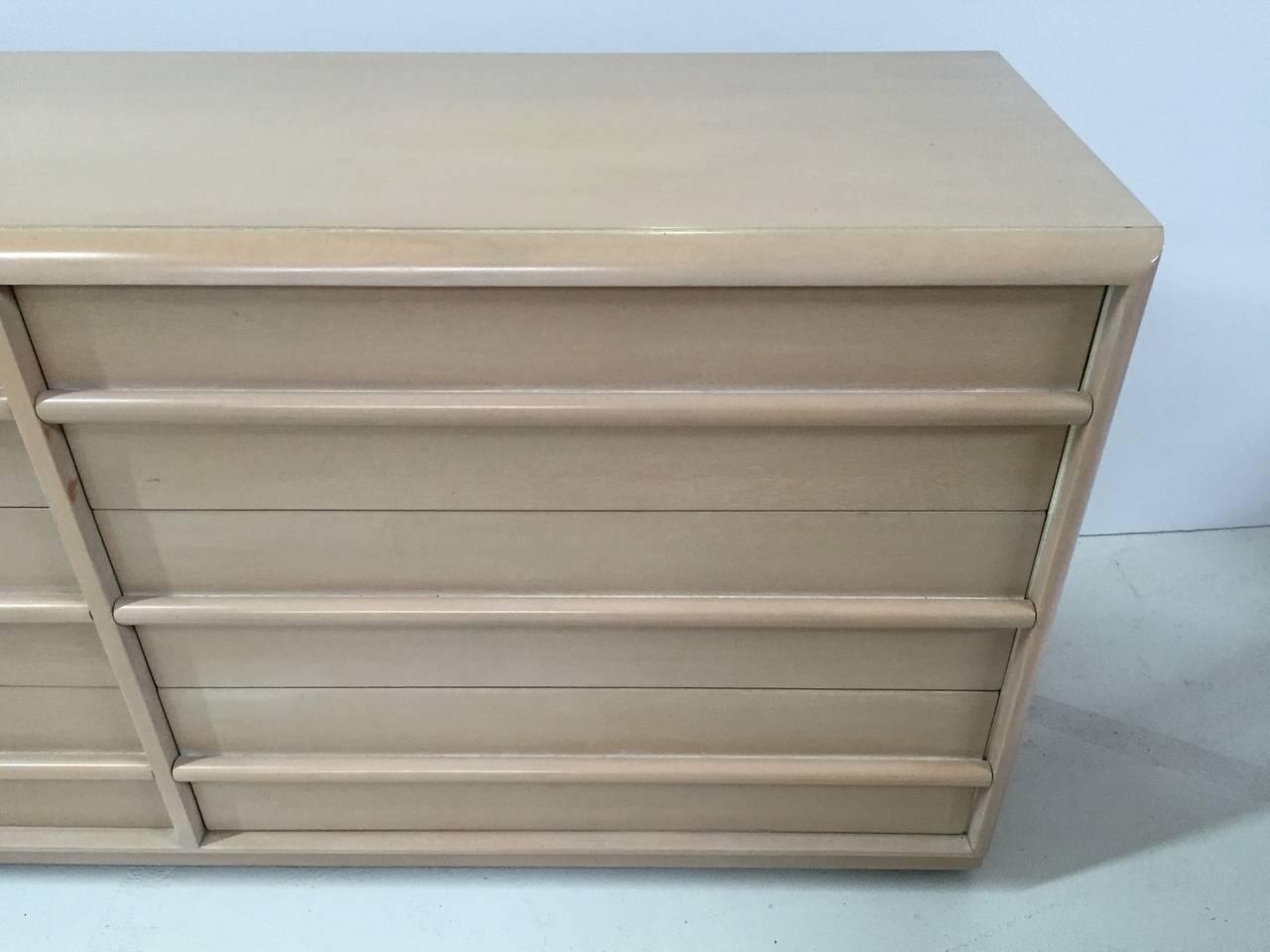American T.H. Robsjohn-Gibbings Dresser for Widdicomb For Sale