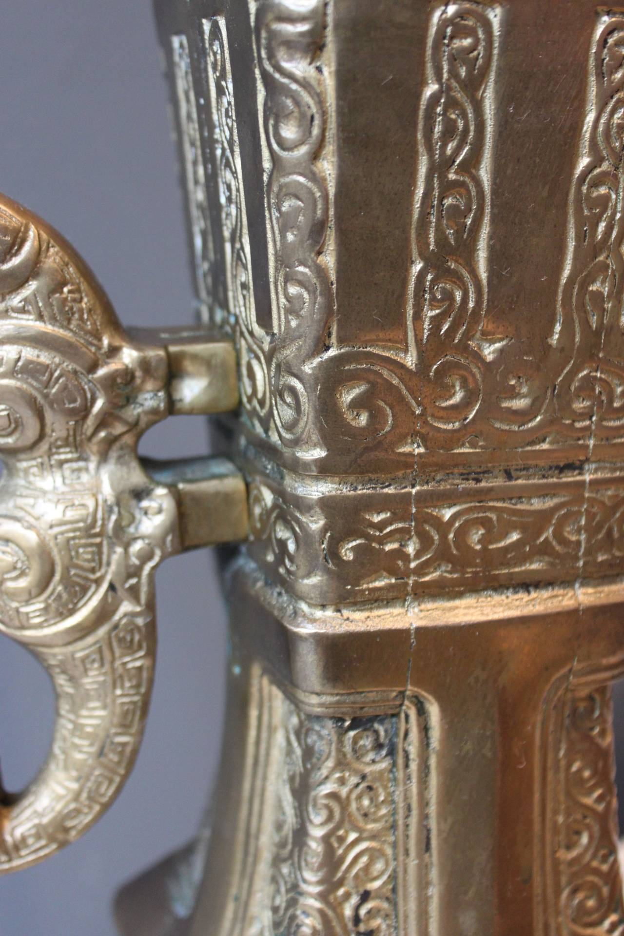 Asian Bronze Lamp in the Style of Marbro, circa 1970 For Sale 2