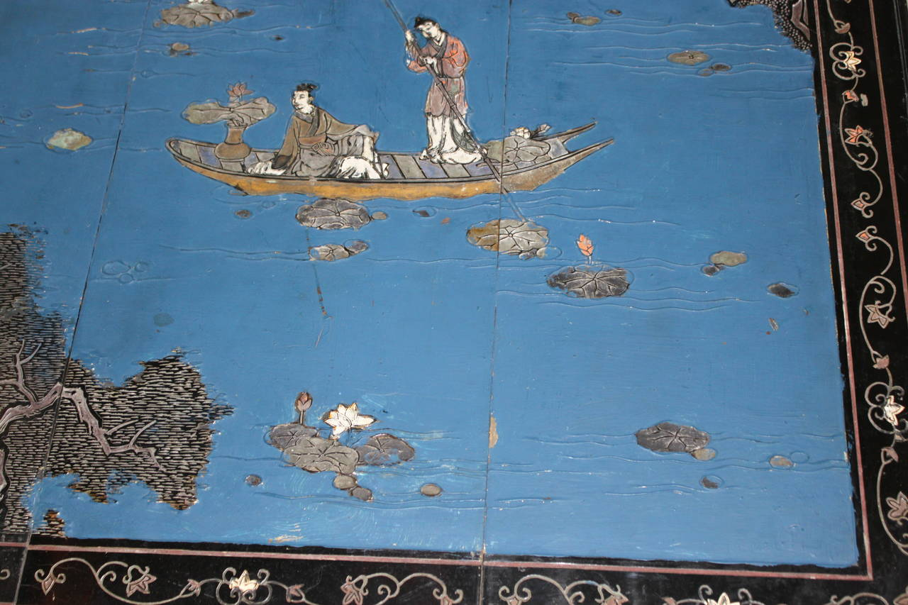 Chinoiserie Coffee or Cocktail Table with Chinese Screen, circa 1950 In Good Condition For Sale In San Antonio, TX