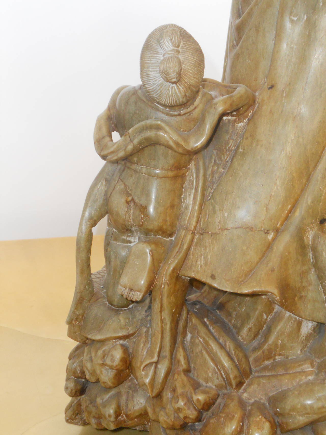 Monumental Soapstone Guanyin Figure with Pair of Maidens In Good Condition For Sale In San Antonio, TX