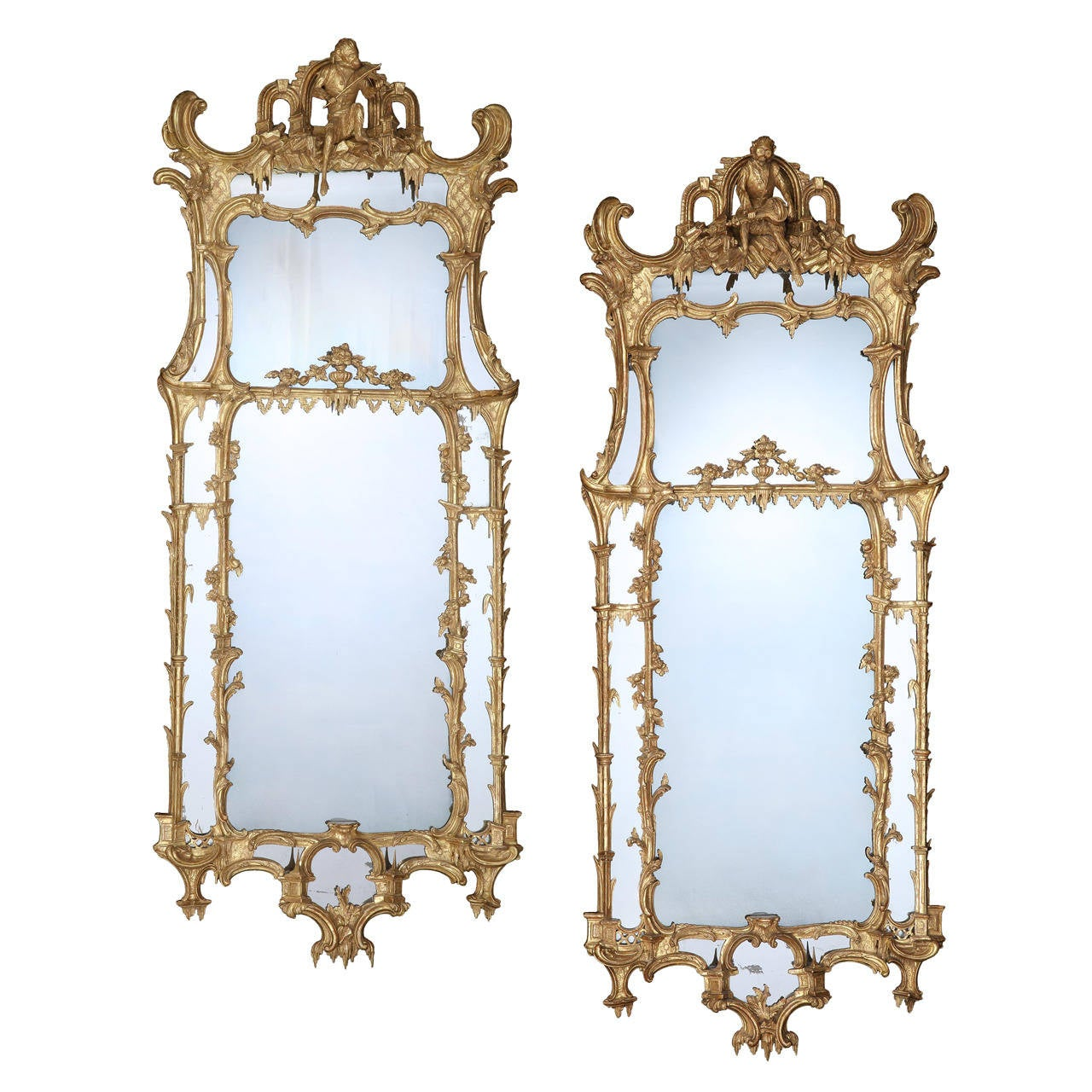 Important Pair of George II Giltwood Pier Glasses For Sale