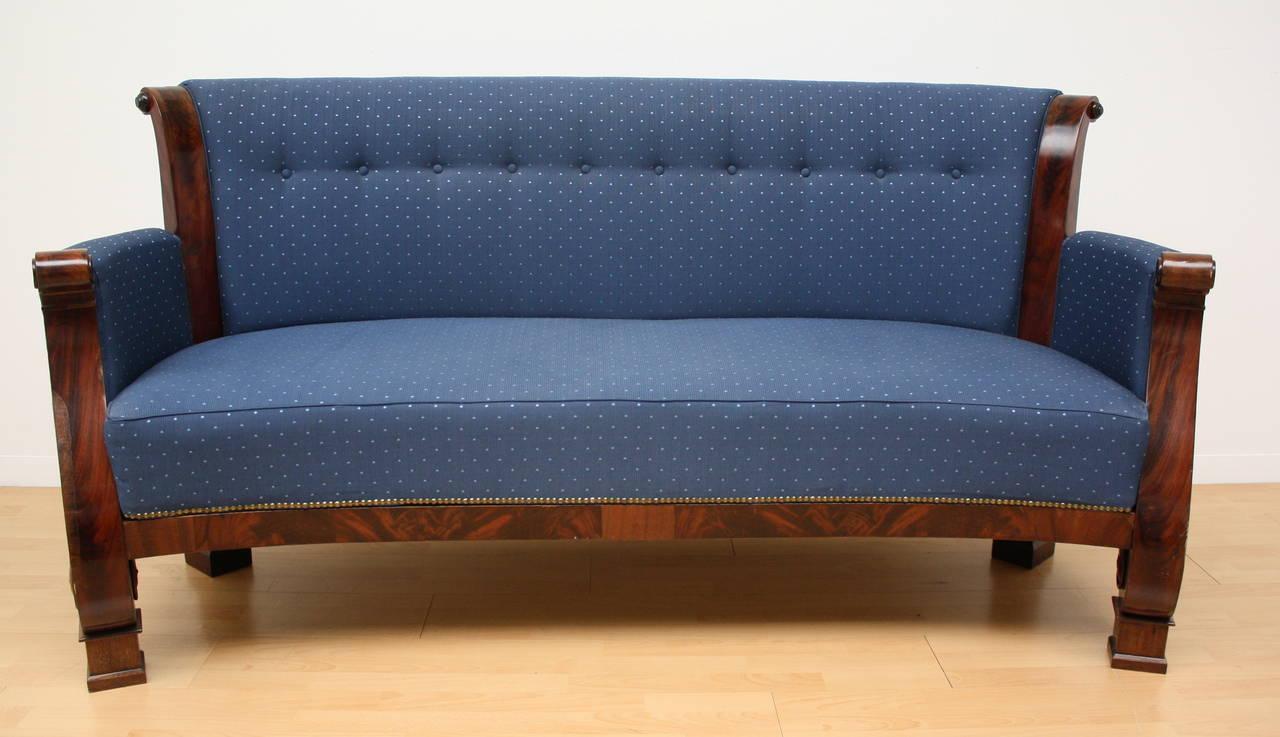 19th century biedermeier sofa at 1stdibs Sofa biedermeier