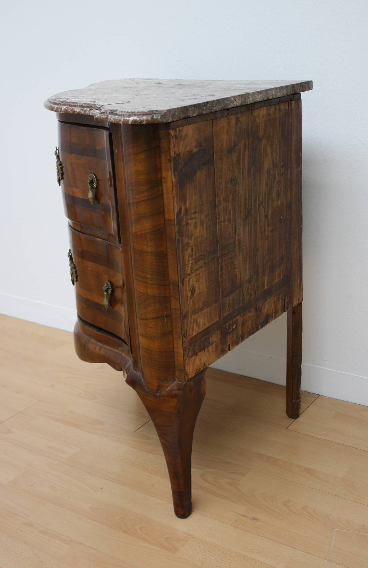18th century baroque corner commode for sale at 1stdibs - Commode noire baroque ...