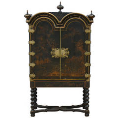 18th Century Chinoiserie Cabinet on Stand