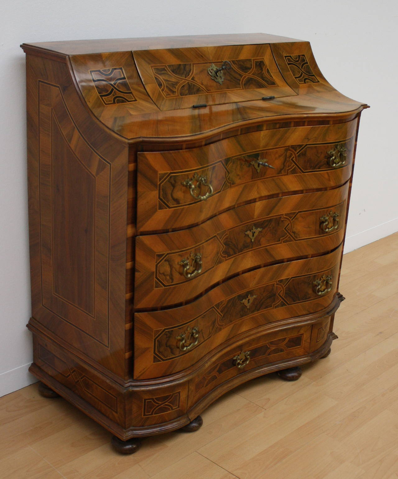 18th century baroque commode and secretaire for sale at 1stdibs. Black Bedroom Furniture Sets. Home Design Ideas