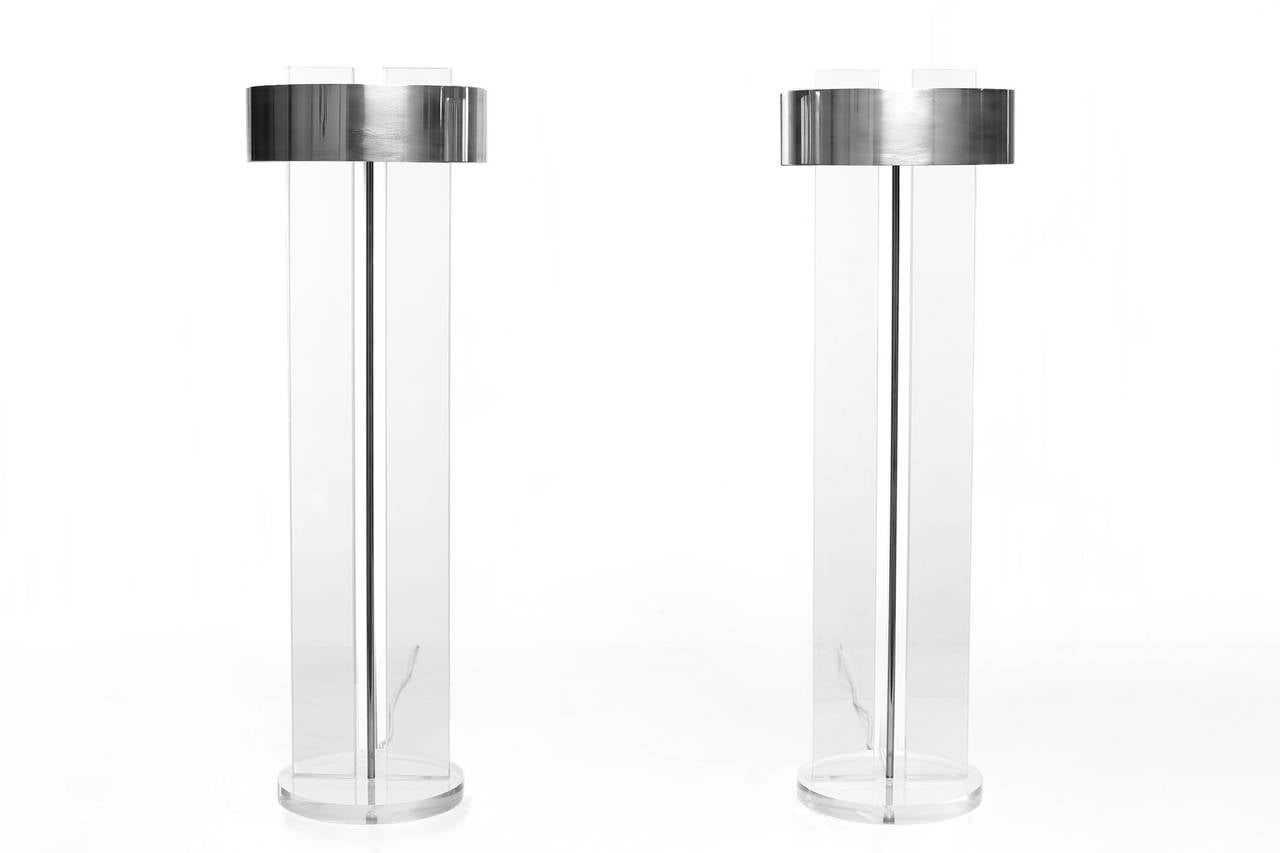 Exclusive Set of Large Lucite Table Lamps In Excellent Condition In Rotterdam, NL
