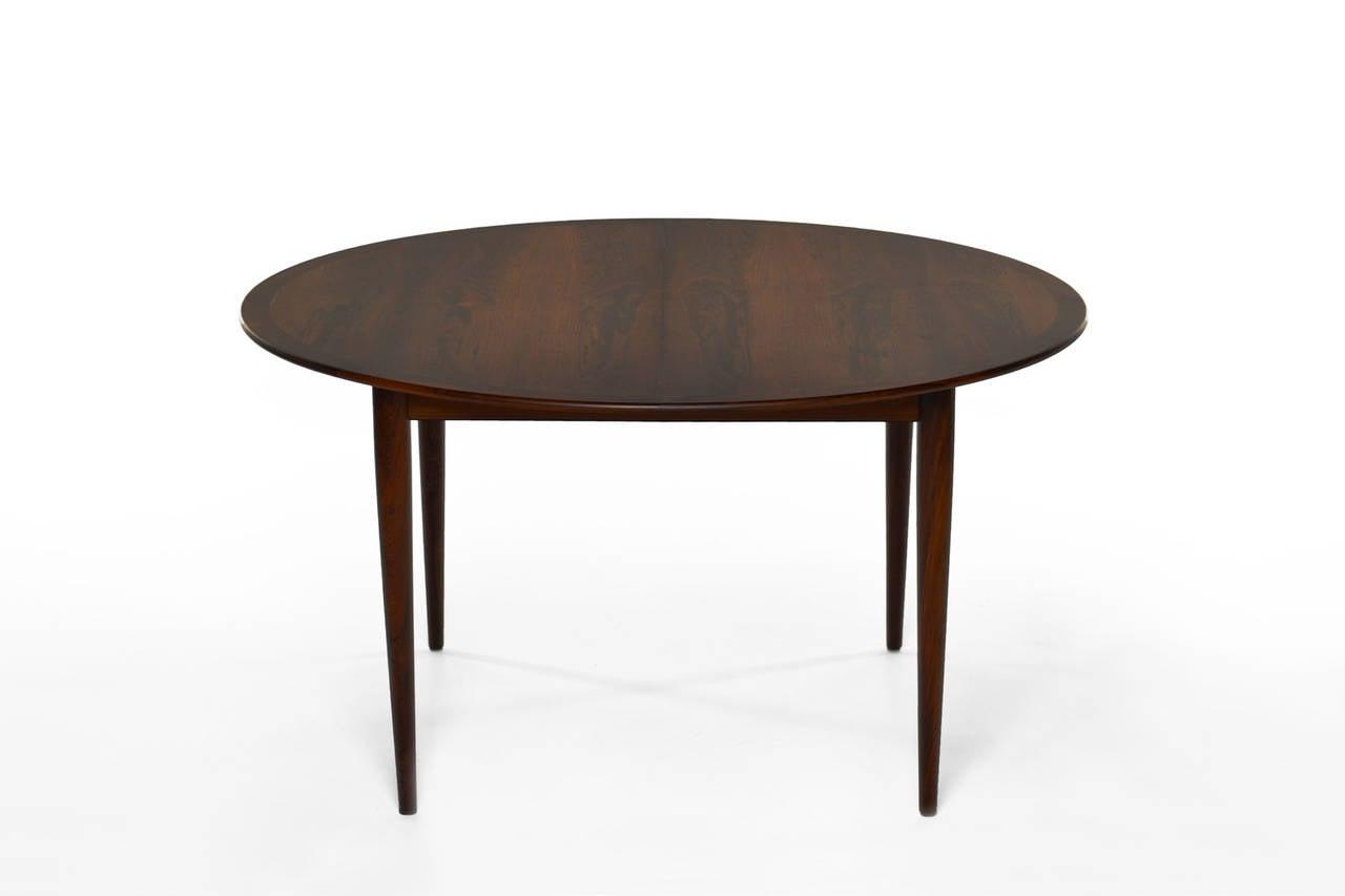 Rosewood dining table by grete jalk for p jeppesen at 1stdibs for P jeppesen furniture