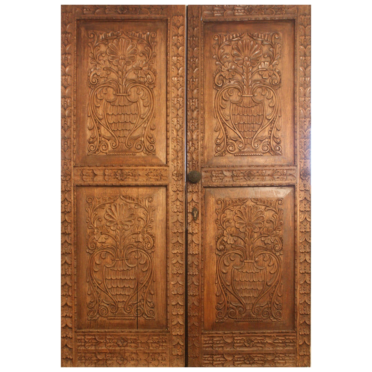 Pair of Antique Carved Spanish Doors 1 - Pair Of Antique Carved Spanish Doors For Sale At 1stdibs
