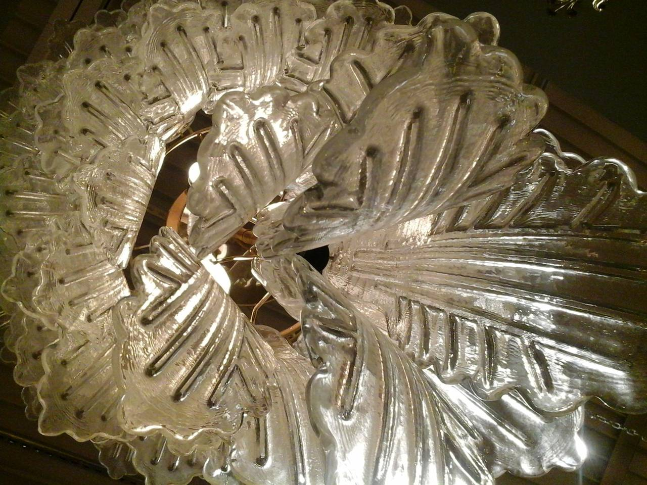 Barovier e toso leaf chandelier for sale at 1stdibs for Barovier e toso