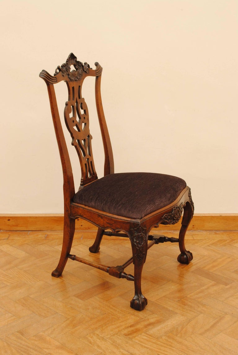 Late 18th Century Set of Eight Portuguese Walnut Chippendale Influenced 18th Century Chairs For Sale