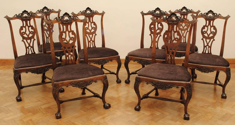 Set of Eight Portuguese Walnut Chippendale Influenced 18th Century Chairs For Sale 1