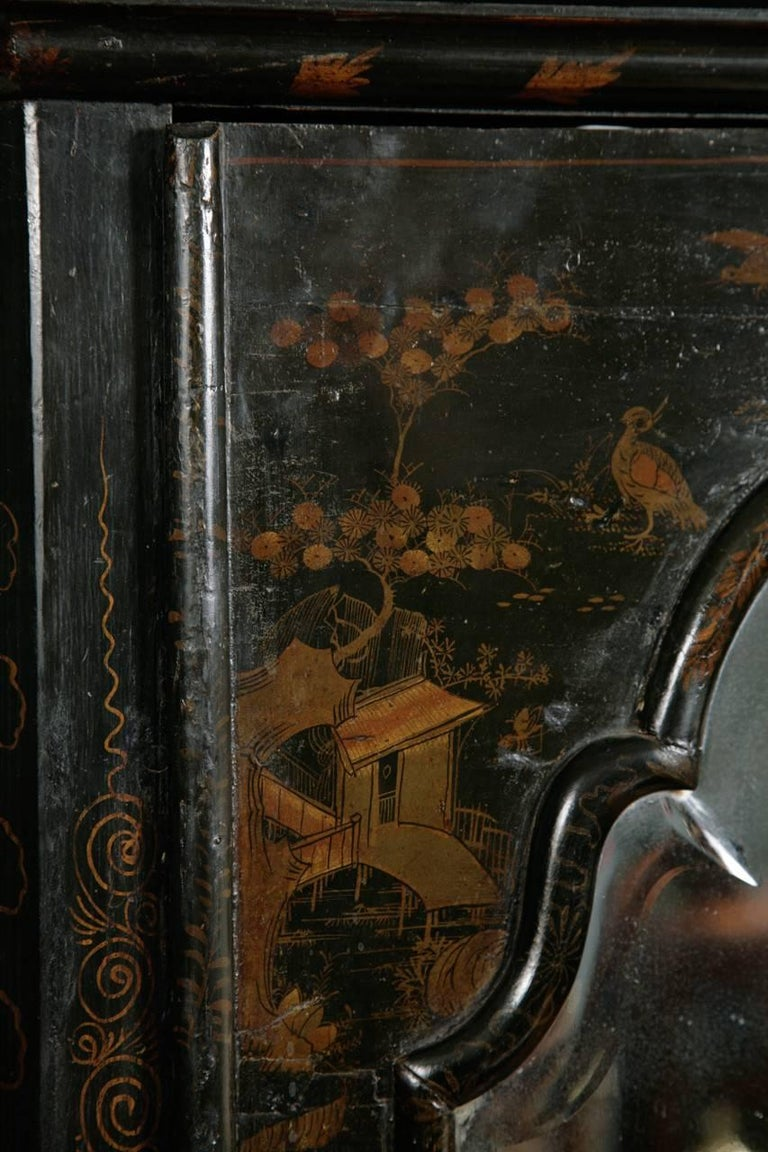 18th Century Antique English Queen Anne Chinoiserie Lacquer Corner Cupboard