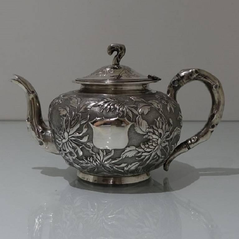 Antique Silver Chinese Three-Piece Tea Set, Hong Kong, circa 1900 In Excellent Condition For Sale In 53-64 Chancery Lane, London