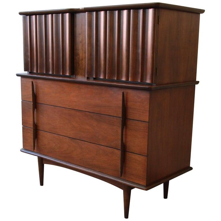 Mid-Century Modern Sculpted Walnut Highboy Dresser by United