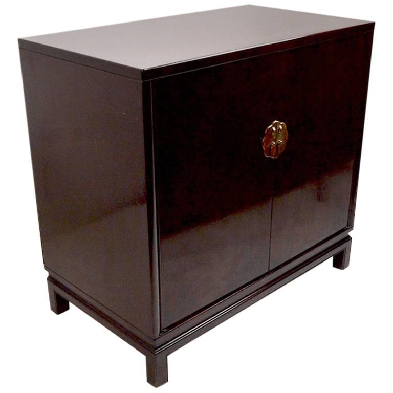 Asia Modern Chinese Style Server by Landstrom