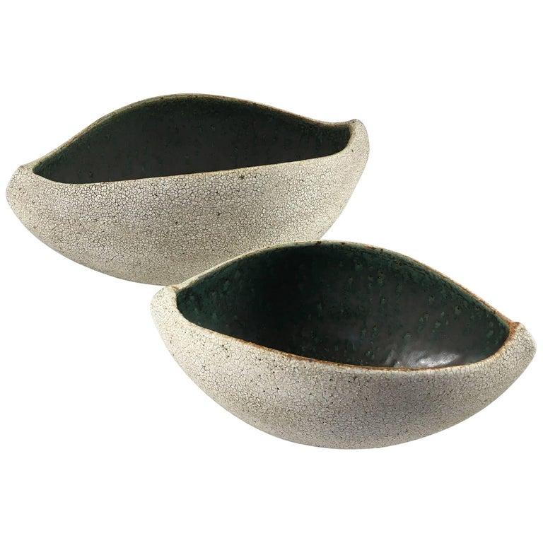 Contemporary Ceramic Set of Two Boat Shaped Bowls No. 172 by Yumiko Kuga