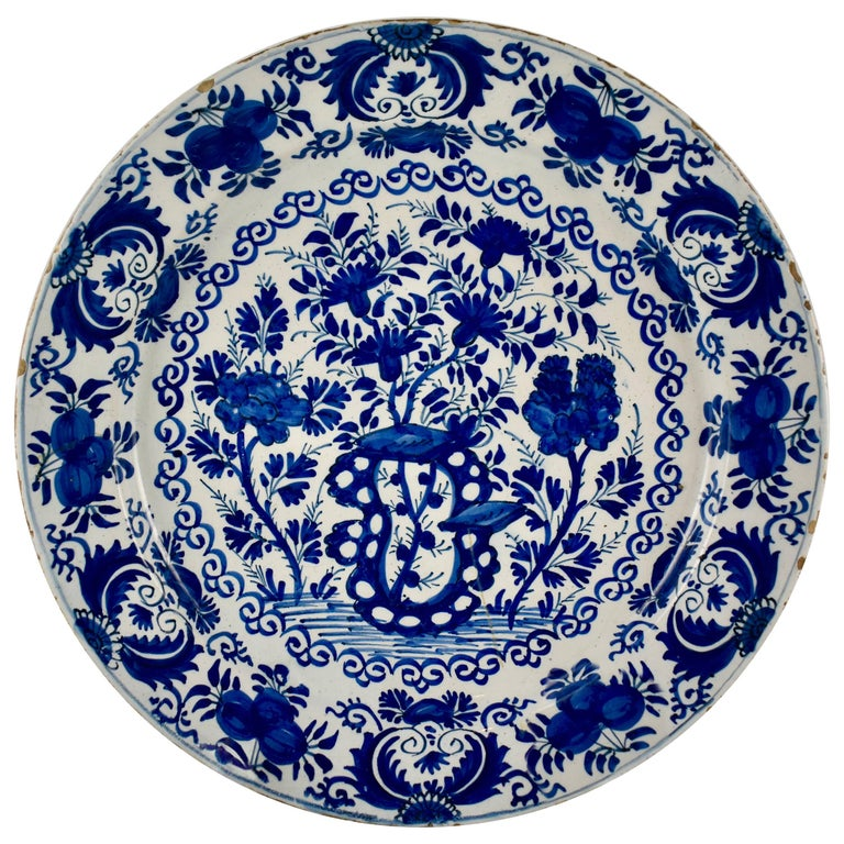 18th Century Dutch Delft Faïence Tin-Glazed Floral Cobalt Blue Charger