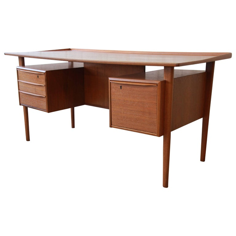 Danish Modern Teak Floating Top Desk by Peter Løvig Nielsen for Lovig Dansk