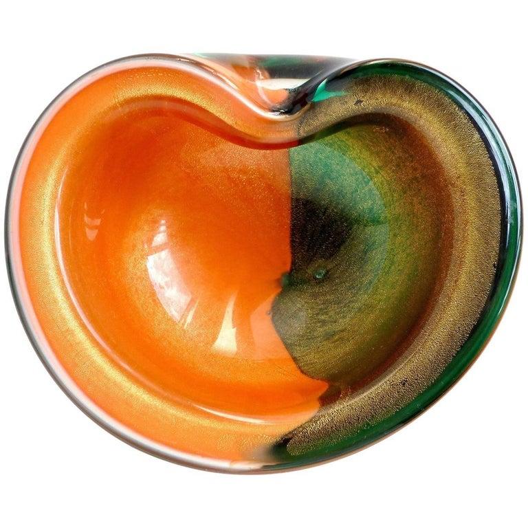 Alfredo Barbini Murano Bi Color Gold Flecks Italian Art Glass Decorative Bowl