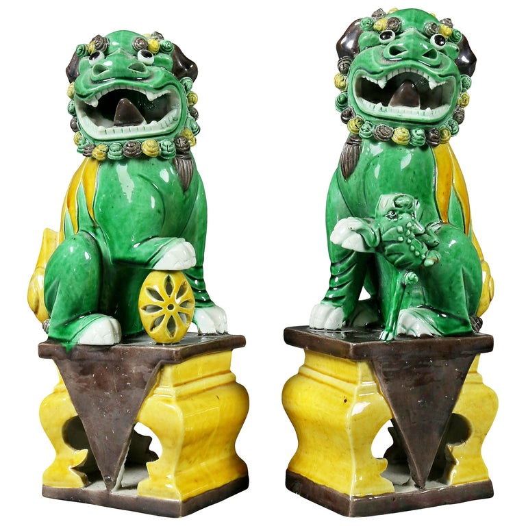 Pair of Chinese Porcelain Foo Dogs For Sale